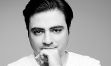 Balázs János és a Nemzeti Filharmonikus Zenekar